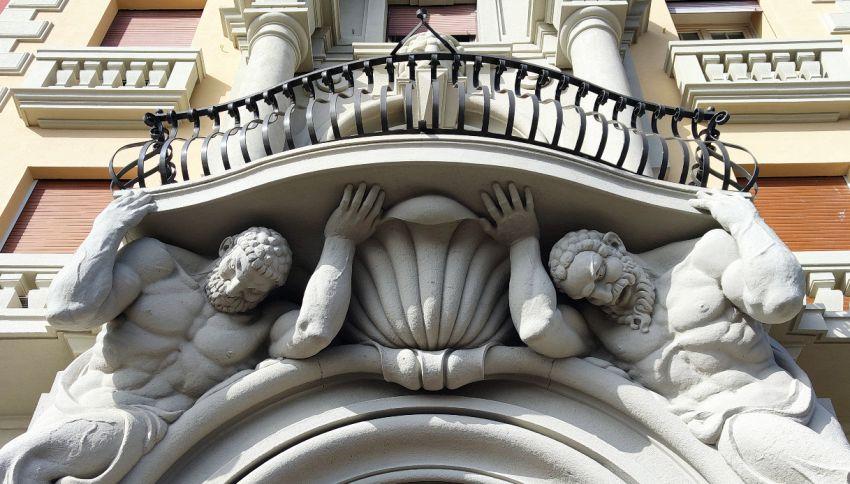 A Genova c'è un palazzo sostenuto dai Giganti