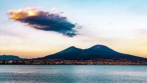 La storia della Compagnia dell'Anello in viaggio verso il Vesuvio