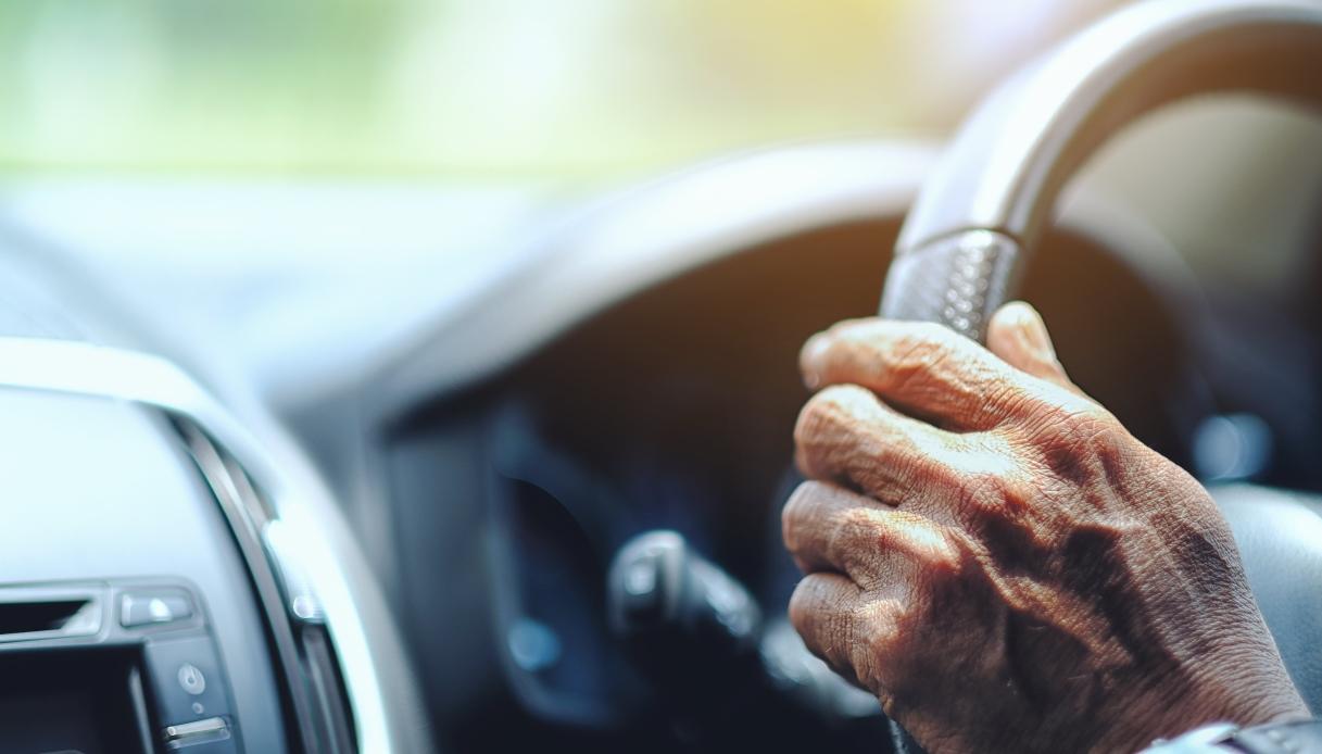 A Parma un uomo ha ottenuto la patente a 87 anni