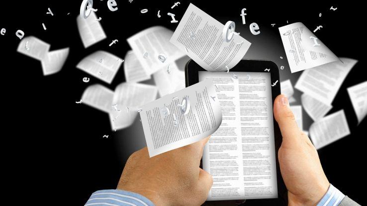 Il futuro degli e-book sarà a colori e con lo schermo flessibile
