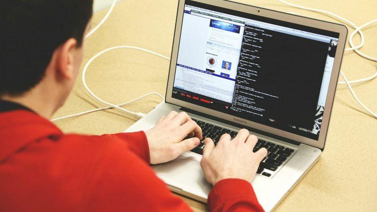 Man in the middle, l'attacco che mette a rischio le reti Wi-FI