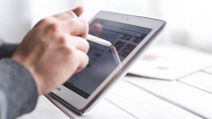 Il tablet pieghevole di Samsung pronto e in rampa di lancio