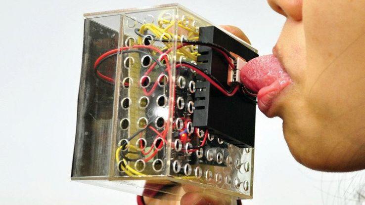 Il cibo virtuale ora è più reale con il chip che simula il gusto