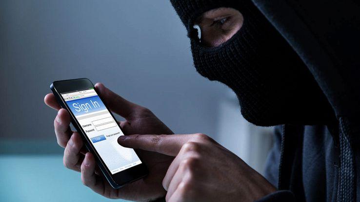 Hacker ruba dati dallo smartphone