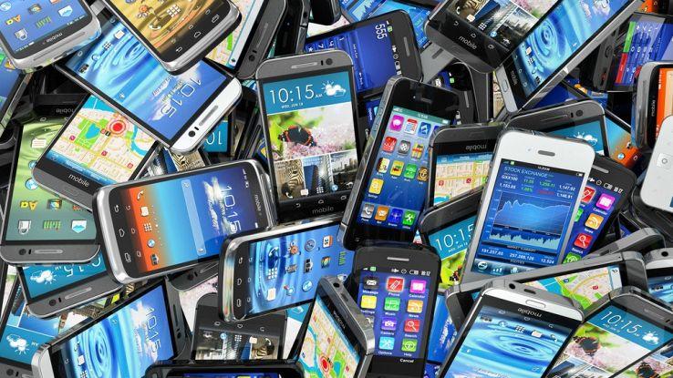Smartphone usato: ecco quali controlli fare prima dell'acquisto