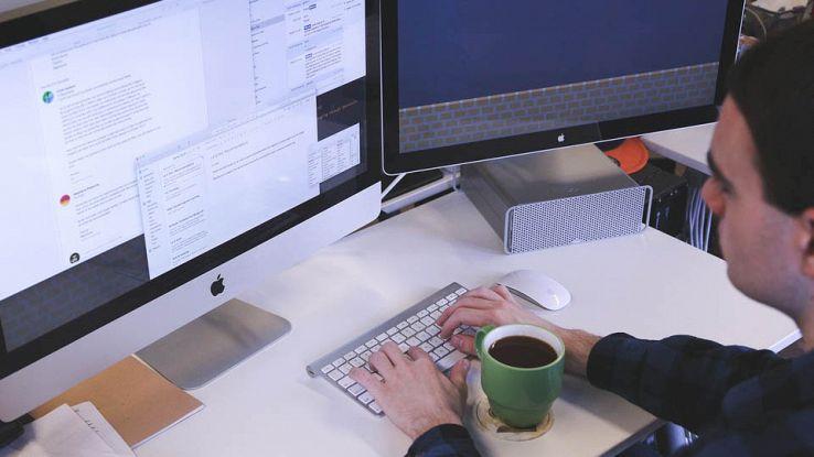 Chattare a computer