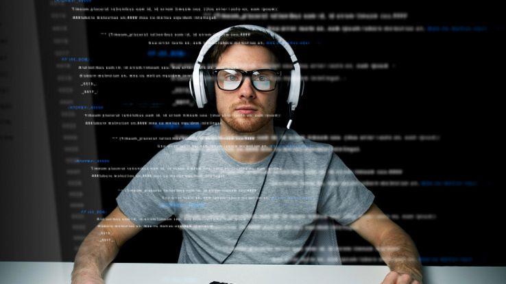 Attenzione ai biglietti aerei: hacker rubano dati dei passeggeri
