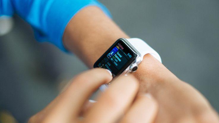 Apple Watch serie 3 sarà più snello e con il quadrante circolare