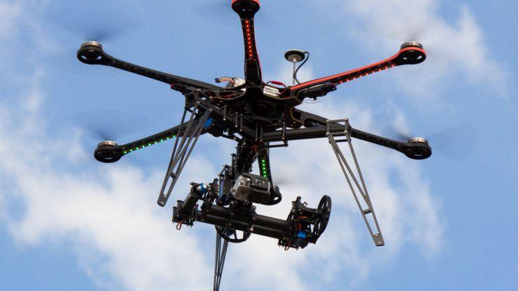 Droni, con la tecnologia di Qualcomm voleranno da soli