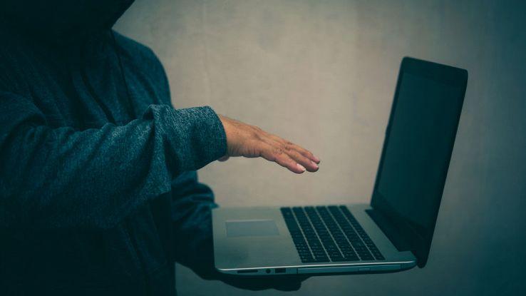 Spymail, il malware che spia i nostri messaggi privati. Chi colpisce