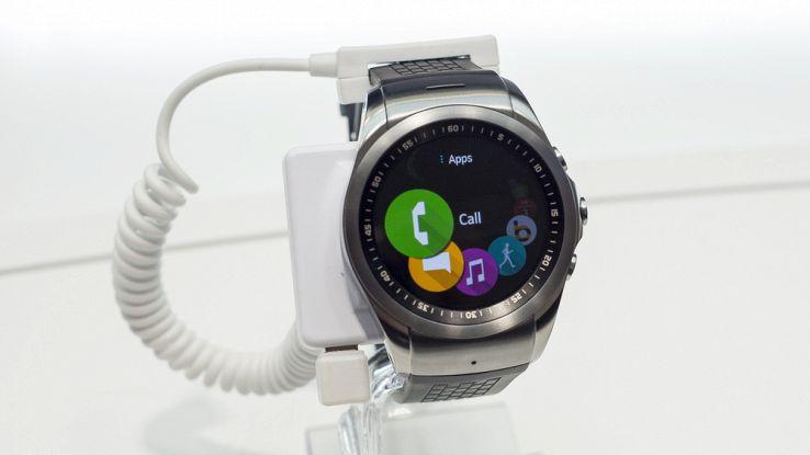 Lo smartwatch LG con Android Wear 2 sarà presentato il 9 febbraio