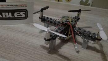 Kitables lancia il drone che si costruisce con i Lego. Foto