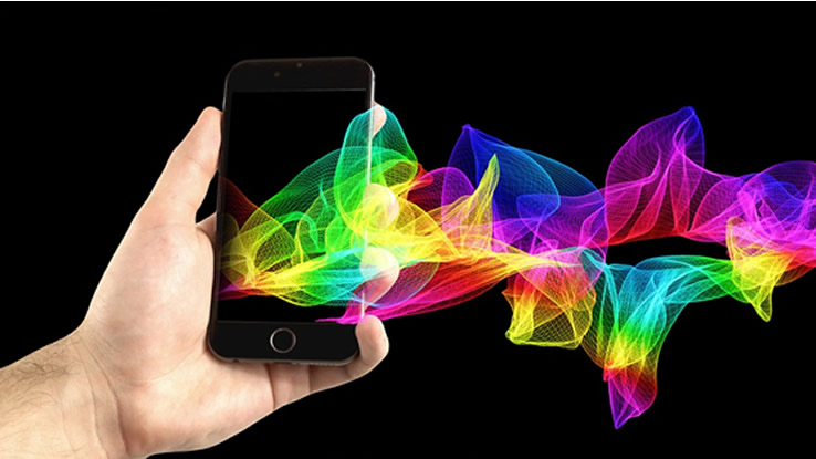 Gli smartphone top di gamma del 2017 arriveranno in ritardo