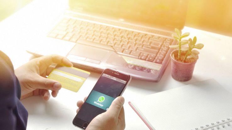 WhatsApp, in arrivo un nuovo virus che svuota il conto in banca
