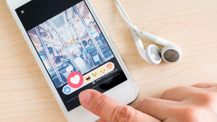 Come disattivare l'audio ai video automatici  su Facebook