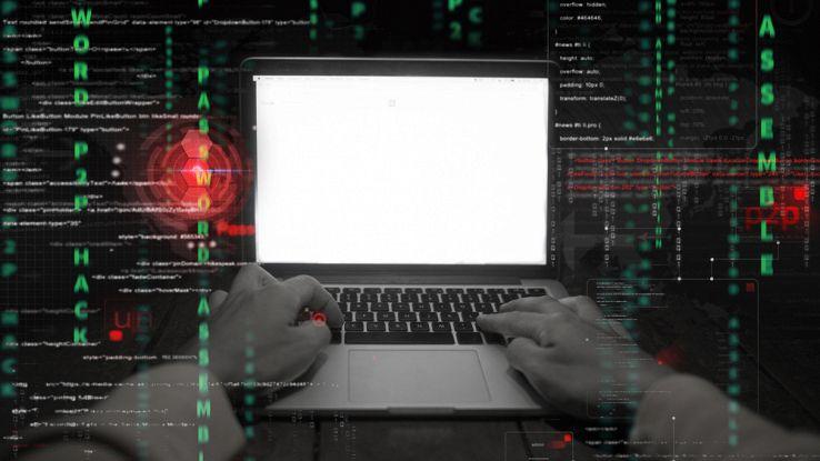 Hacker in agguato, colpiti gli utenti della PlayStation e della Xbox