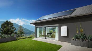 Il tetto solare di Tesla in vendita da fine anno. Come funzionerà