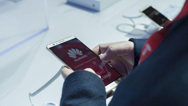 Huawei P10 e Huawei P10 Plus, prezzo e caratteristiche tecniche