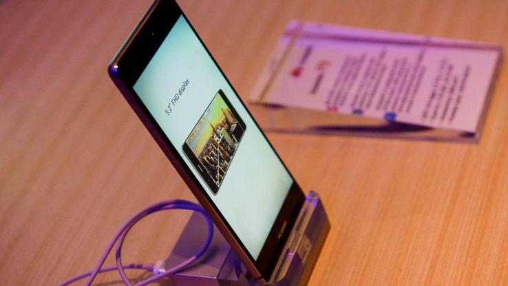 Huawei P10 Plus avrà ben 8GB di RAM. Sarà presentato il 26 febbraio