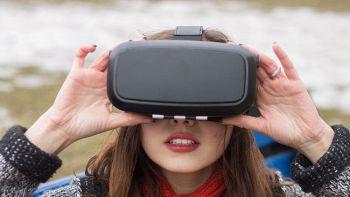 LG in collaborazione con Valve presenta il visore VR per i videogiochi