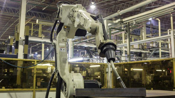 Bill Gates: nuove tasse sui robot per combattere la povertà