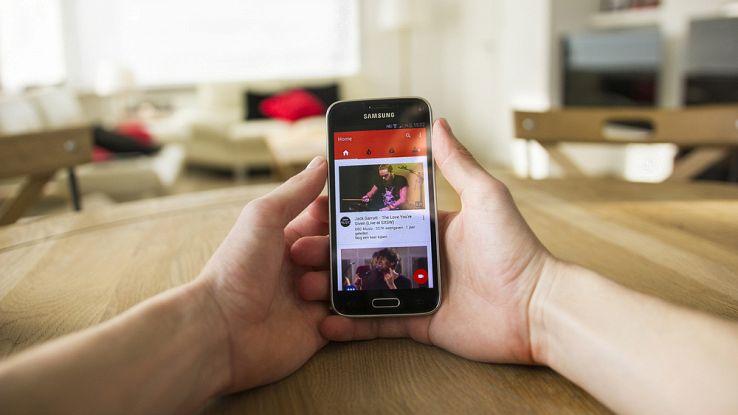 YouTube rivoluzione in arrivo: addio alle pubblicità da 30 secondi