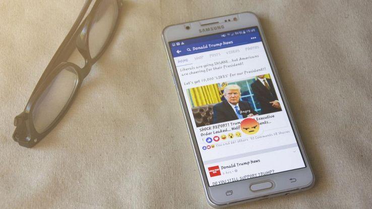 Facebook testa una bacheca secondaria su smartphone