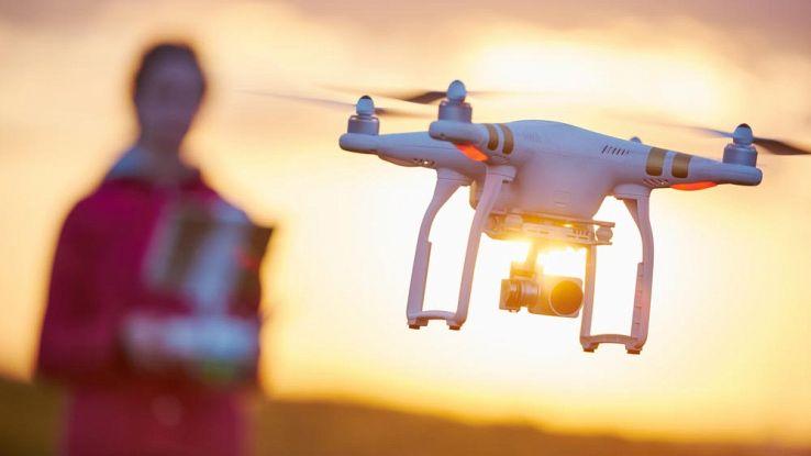 Droni, in Canada multe salate per chi mette in pericolo le persone