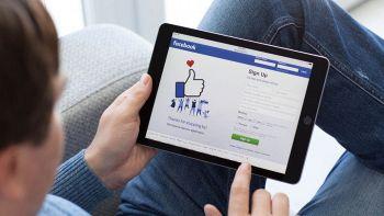 """Facebook arriva il tasto """"Non mi piace"""", ma solo su Messenger"""