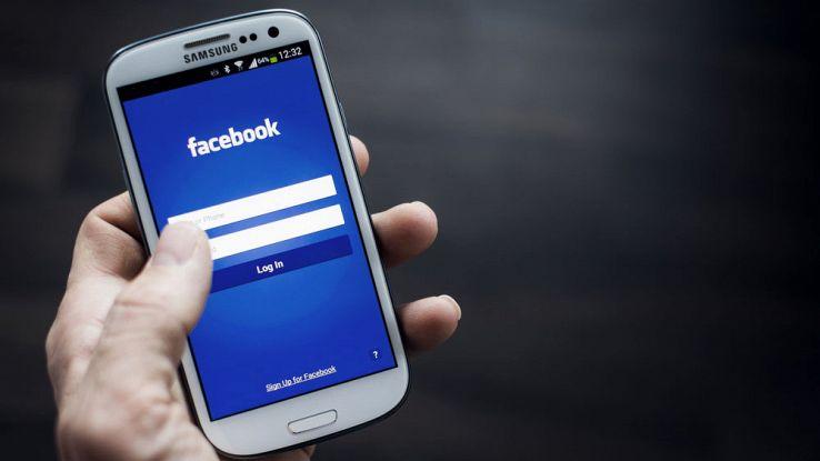 Facebook cambia ancora: in arrivo la funzionalità Esplora