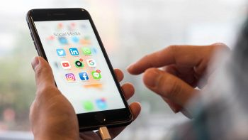 L'iPhone 8, secondo alcuni analisti non avrà uno schermo curvo