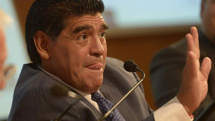 Ma è Maradona? Diego Armando denuncia PES 2017