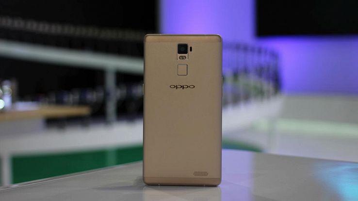 Oppo F3 lo smartphone con la doppia fotocamera frontale