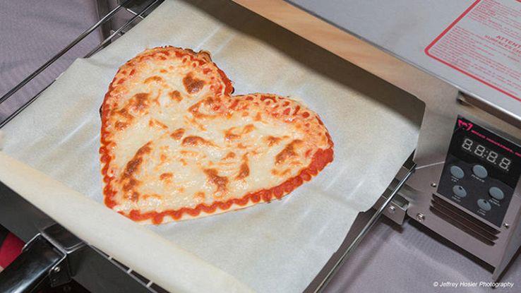 Pizze nello spazio con Chef 3D, il robot pizzaiolo della NASA