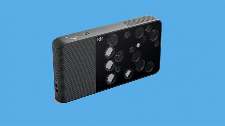 Light L16, la fotocamera con 16 sensori fotografici
