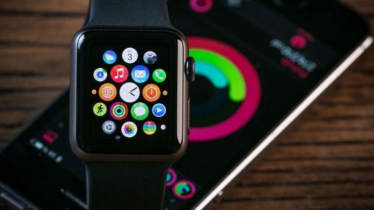 Apple Watch, un anno di garanzia in più per problemi di batteria
