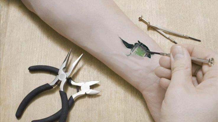 Svezia, dipendenti con microchip impiantato per sostituire il badge