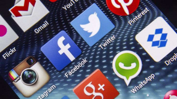 Come usare due account WhatsApp, Skype e Facebook sullo smartphone