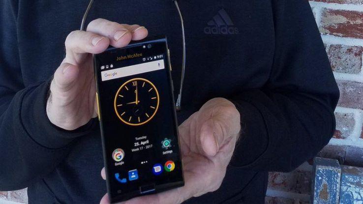 McAfee lancia il primo smartphone Android a prova di hacker