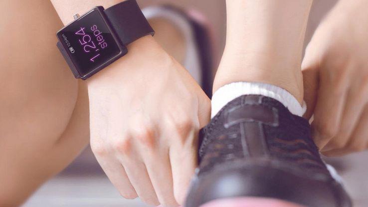 Running, come scegliere smartwatch e tracker per la corsa