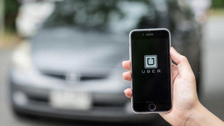 Uber tracciava gli iPhone, quasi cancellata dall'App Store