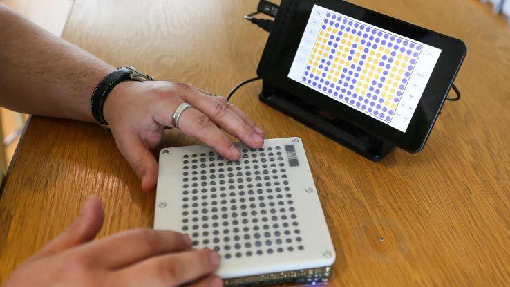 BlindPad, il tablet che aiuta gli ipovedenti a esplorare gli spazi
