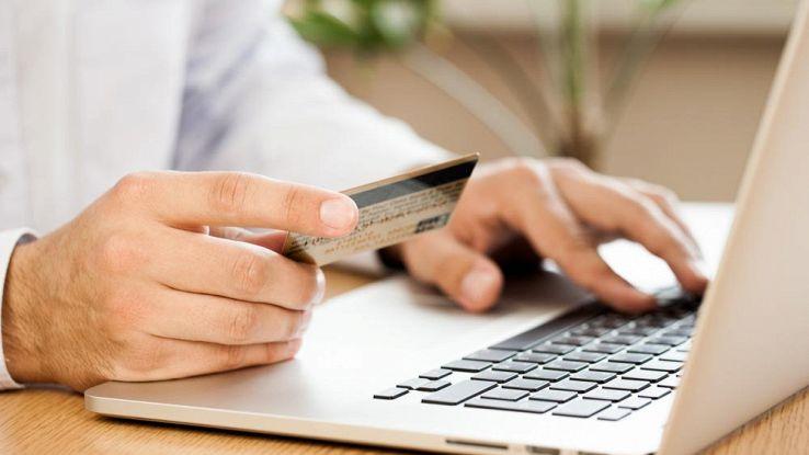 E-commerce cresce ancora: +16% nel 2016