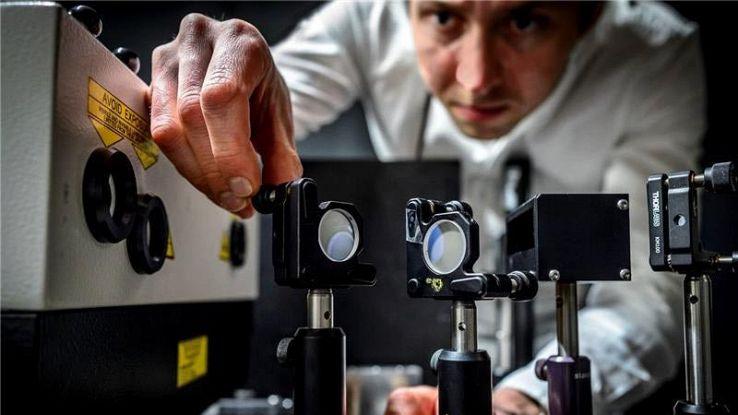 Fotocamera più veloce al mondo, fa 5mila miliardi di scatti al secondo