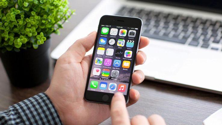 Come recuperare spazio dalla memoria iPhone in maniera automatica