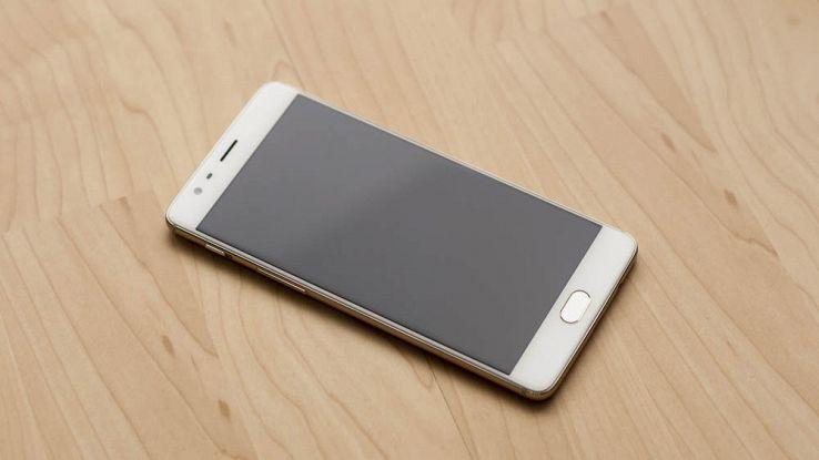 OnePlus 3T fuori produzione: OnePlus 5 sempre più vicino