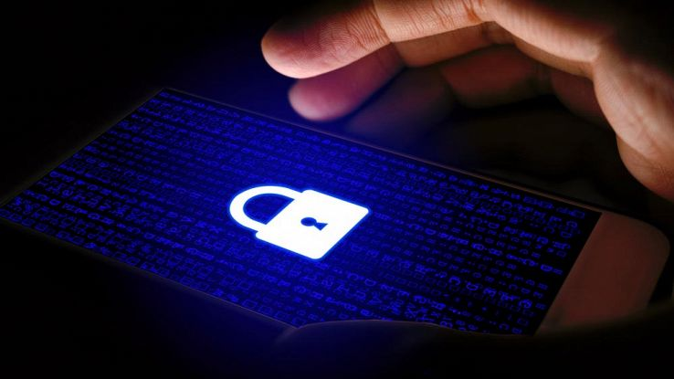 Come proteggere lo smartphone Android dai virus con una mossa