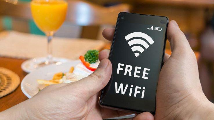 Come proteggere i dati personali quando si naviga da Wi-Fi pubblica