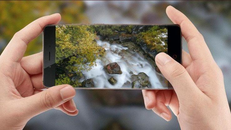 Nubia Z17 contro Galaxy S8, doppia fotocamera e 8GB di RAM