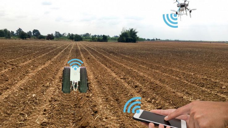 Robot e droni alla conquista dell'agricoltura